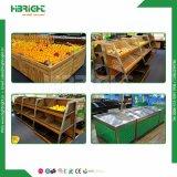 Suposición y estante de visualización calificado de moda de la fruta y verdura del supermercado