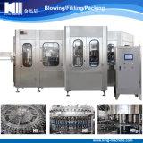 Bebidas carbónicas que lavan la máquina que capsula de relleno