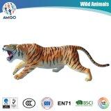 Tierzoll scherzt weiches Tiger-Spielzeug als Geschenk