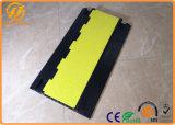 高容量の黒く及び黄色のゴム4チャネル頑丈なケーブルの保護装置