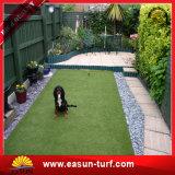 Het beste Gras die van het Gazon van de Kwaliteit Valse Kunstmatig Gras modelleren