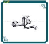 Faucet fixado na parede do banheiro do punho do zinco dos mercadorias sanitários