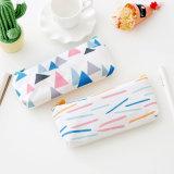 1PC Creative forêt simple triangle sac de toile de grande capacité de plume Pencil Case Sacoche à glissière Pencil Case de fournitures de bureau de l'école