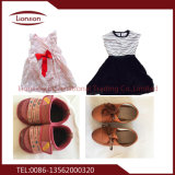 Secondhand одеждой детей, нанесите на экспорт в Африке