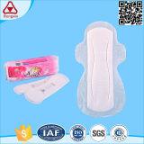 Les garnitures sanitaires de coton pur remplaçable de qualité pour des femmes emploient jour et nuit