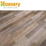 屋内使用法のプラスチック積層物木製PVCビニールの物質的な床タイル
