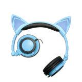 猫耳の漫画のFoldableヘッドバンドのヘッドホーン