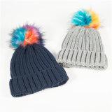 Colores personalizados Pompom sólido acrílico Beanie Hat