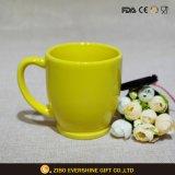 Tazza di ceramica lustrata giallo limone 200ml del caffè espresso di disegno ecologico