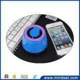 Altoparlante senza fili radiofonico portatile di Bluetooth del MX più fredda 210 della persona dell'anziano mini