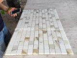 Mosaico di marmo di Brickjoint di vendita di Calacatta della striscia superiore calda dell'oro