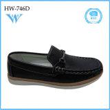 Calidad barata de la manera al por mayor de China la buena embroma los zapatos