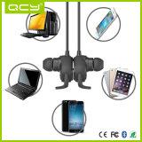 écouteurs sans fil de son stéréo avec micro des écouteurs Bluetooth de l'aimant