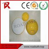 Riflettori di ceramica bianchi della vite prigioniera della strada dell'indicatore della strada di sicurezza stradale del diametro 10cm