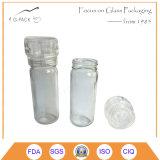 粉砕機、スパイス、塩、コショウのための製造所が付いている明確なガラス瓶