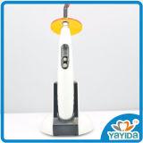 ライトを治す有料無雑音操作無線歯科LED