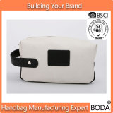 El bolso cosmético impermeable del volumen grande compone la bolsa con la maneta