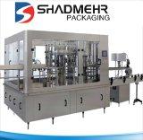 El consumo de bebidas carbonatadas automática máquina de llenado de botellas
