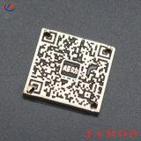 小さいハング様式のカスタム金属のアルファベットは袋または着ることのための札に文字を入れる
