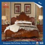 B268 Hand geschnitztes Brown Land-hölzernes Bett mit kundenspezifischer Größe