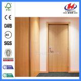 Diseño de línea recta de chapa interior de la puerta de madera maciza