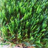 Искусственная лужайка сада дерновины с пряжей формы c