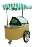 Via del carrello del gelato & carrello del sorbetto del gelato della spiaggia
