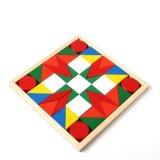 Os blocos de apartamentos de madeira do arco-íris das crianças ajustaram brinquedos do enigma da inteligência do bebê