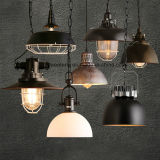 Industrielle Art mit Aluminiumleuchter-hängender Lampe