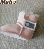 ピンクカラーオーストラリアのMerino羊皮のPrewalkerの女の赤ちゃんの靴