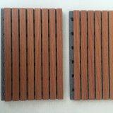 Los paneles de pared acústica ranurado de madera