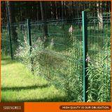 PVC上塗を施してある金属の庭の鉄の塀を曲げる三角形