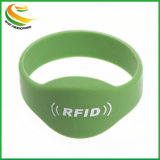 De waterdichte Slimme Armband van het Silicone van de Manchet RFID