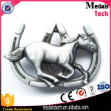 Подгонянная пряжка пояса лошади 3D сделанная в сплаве цинка для вспомогательного оборудования способа
