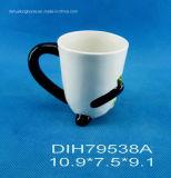 Tazza di caffè di ceramica dipinta a mano con la decorazione del panda