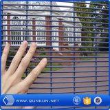 Anti-Monter la garantie clôturant des panneaux avec le prix usine