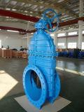 Grande valvola a saracinesca Dn1500 con l'esclusione per acqua potabile