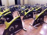 Bicicleta de ejercicio / Cardio Correa de transmisión con corriente ligera Bicicleta / bicicleta de spinning Comercial / Tz-7010