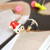 女性のためにセットされるキャンデーカラーエナメルのフクロウの正方形のリベットのクリスマスの帽子のスタッドのイヤリング