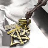 Halsband van de Kettingdragers van het Leer van de Zweep van de Tegenhangers van het Hart van Steampunk de Dwars Echte