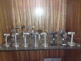 Le parti delle pressofusioni delle maniglie del cassetto o della maniglia di portello