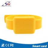 I Wristbands del silicone di alta qualità RFID impermeabilizzano i Wristbands Ntag203/213/216 di NFC