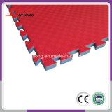 Par 24 pouces de 24 pouces Interlocking tapis en mousse EVA Tatami Puzzle mat