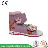 Цветочными орнаментами Cute дизайн дети корректирующие обувь детей стабильности благоухающем курорте