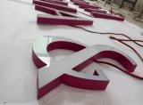 La lettre acrylique solide 3D lumineux par avant DEL marque avec des lettres le signe