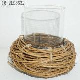 고명한 새의 Ratton 촛대의 둥지의 모양