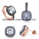 Juwelen van het Staal van de Juwelen van de manier namen de Vastgestelde Gouden Juwelen toe