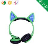 Auscultadores sem fio estereofónico do auscultadores Foldable da orelha de gato com luz de incandescência