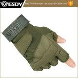 保護スポーツの手袋を循環させる戦術的な半分指のAirsoftの軍ハンチング