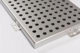 Hoja de aluminio perforada